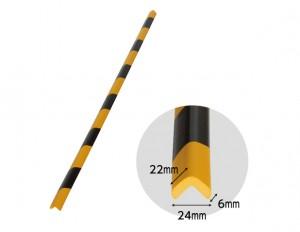 Protectie colt din spuma de cauciuc AC-132, dungi negru / galben, grosime 6 mm, 90 cm