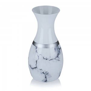 Vaza din sticla, Carrara, 13/09, alb mat + argintiu + negru, pictata manual, D 13 cm, H 23 cm