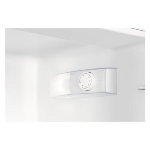 Combina frigorifica Zanussi ZRB33103WA, 303 l, clasa A++, inaltime 174.5 cm, alba