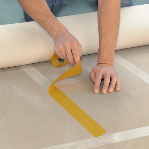 Banda dublu adeziva pentru fixare, tesa 64620, 10 m x 50 mm
