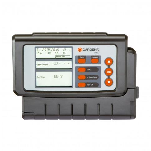 Programator pentru sisteme de irigatii, Gardena Clasic 4030, pentru 4 zone de udare, cu display, 9 V
