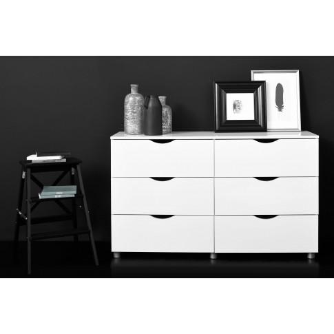 Comoda dormitor Letty 3010CO6TK, cu 6 sertare, alb lucios, 131 x 80 x 39 cm, 2C