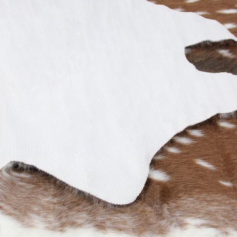 Covor living / dormitor Chip THT-1910-6 poliester asimetric maro caprioara 90 x 140 cm