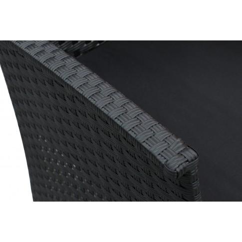 Set masa dreptunghiulara, cu 2 fotolii si 1 canapea, cu perne, pentru gradina Cordova, din metal cu ratan sintetic