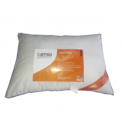 Perna pentru dormit Caressa cu snur fibra siliconica + bumbac alb 50 x 70 cm