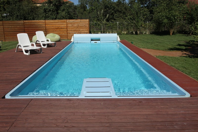 Dedeman piscina sardinia clasic dedicat planurilor tale for Piscine ingropate