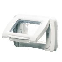 Capac cu rama Gewiss System GW22451, 3 module, IP55, alb, pentru priza / intrerupator