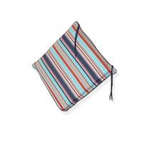Perna S Oliver / De Luxe, 40 x 42 x 4 cm